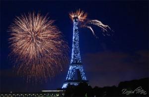Fuochi d'artificio Torre Eiffel